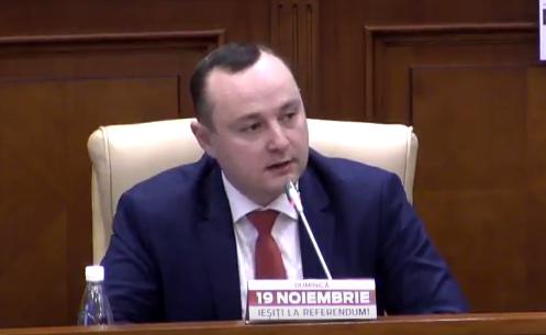 Социалисты в парламенте призвали остальных депутатов вместе с сотнями тысяч кишиневцев отправить в отставку Киртоакэ (ВИДЕО)
