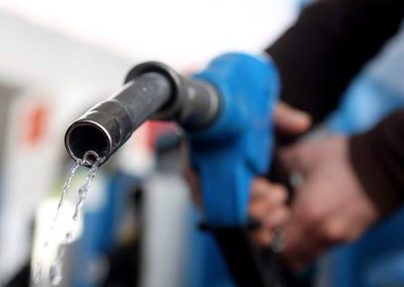 Топливо продолжает дорожать: цены на пятницу