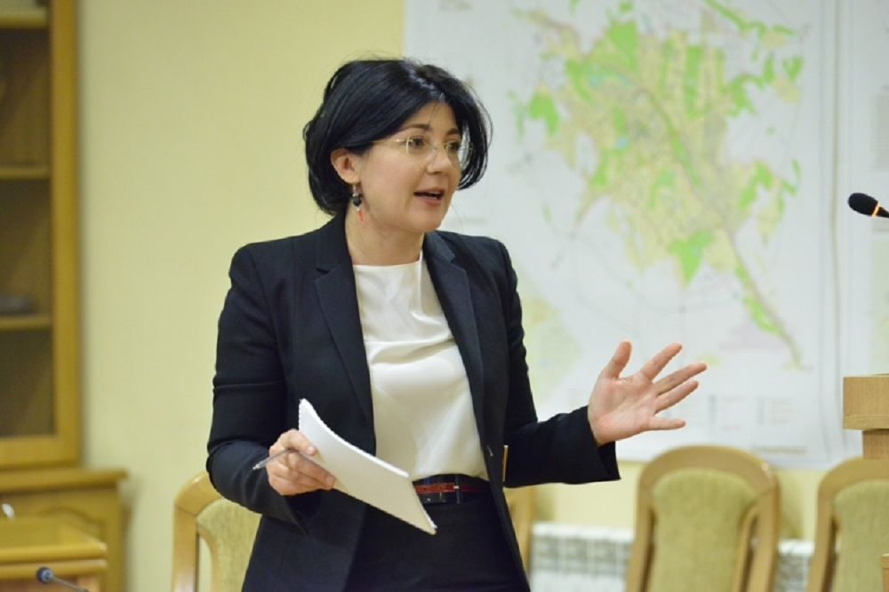 Цензура от Сильвии Раду: врио примара запретила сотрудникам примэрии общаться с журналистами (ДОКУМЕНТ)