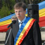 Киртоакэ намеревается заручиться на выборах поддержкой жителей Колоницы