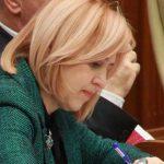Один из депутатов молдавского парламента складывает мандат