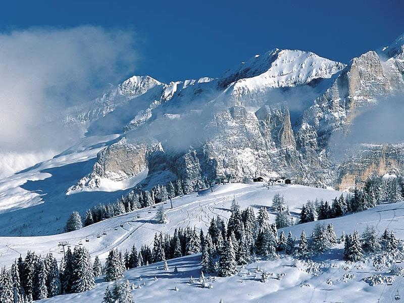 МИДЕИ: два альпиниста из Молдовы погибли в горах Грузии