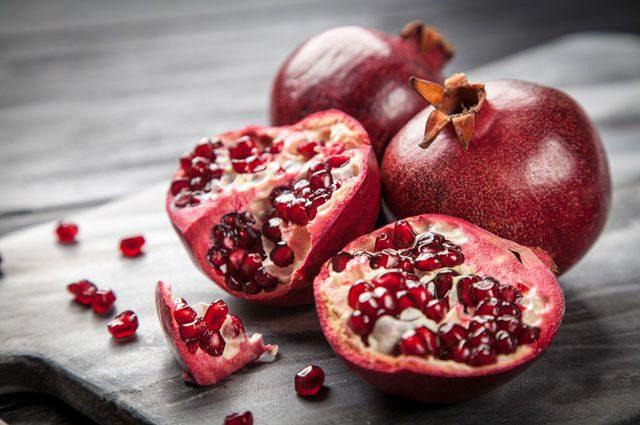 Получи гранату! Какие витамины содержит «коронованный» фрукт