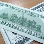 Жительница Приднестровья попыталась сбыть фальшивые 100 долларов