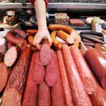 Молдавского производителя колбасных изделий подвергли проверкам