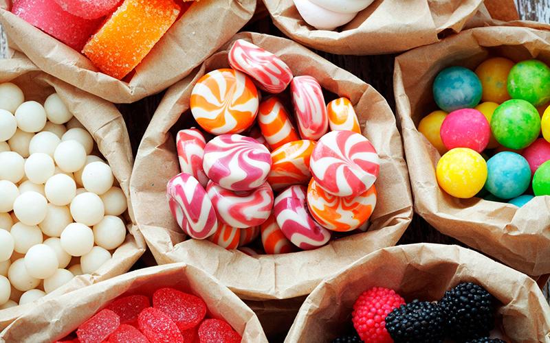 """""""Сладкая"""" кража в Тирасполе: уволенная продавец наведывалась в магазин по ночам и выносила конфеты"""