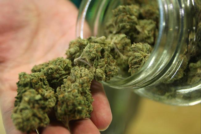 Прокуратура задержала членов преступной группировки, занимавшейся незаконным оборотом наркотиков