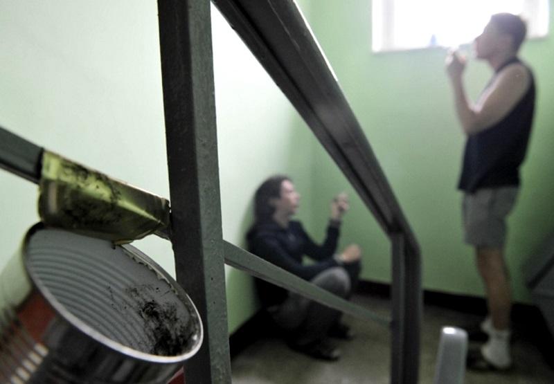 Жильцы многоэтажек в Приднестровье вынуждены соседствовать с наркоманами