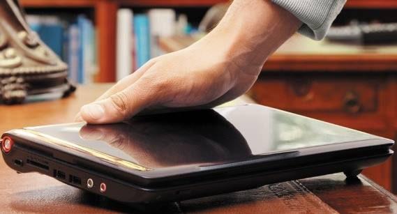 """Недобросовестный продавец попытался """"прокатить"""" покупателя с ноутбуком"""