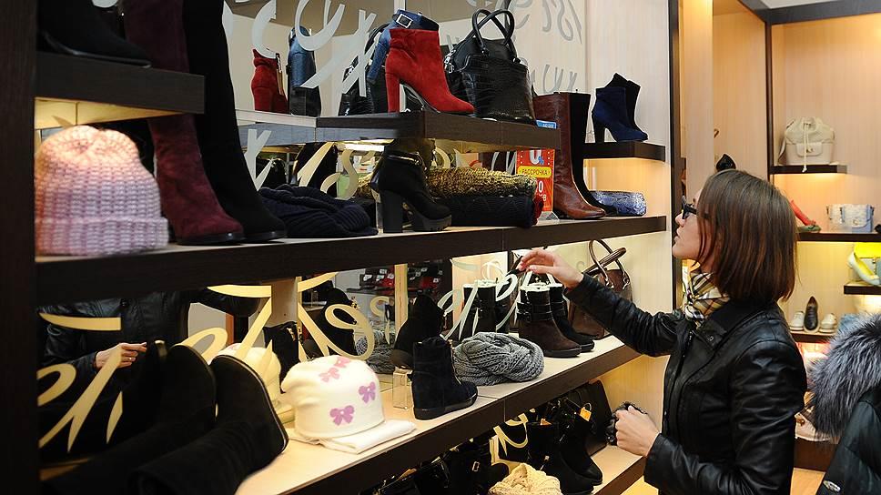 Жительница Кишинева смогла вернуть деньги за некачественную обувь
