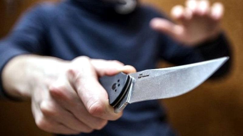 В Унгенах пьяный подросток зарезал односельчанина и попытался сбежать