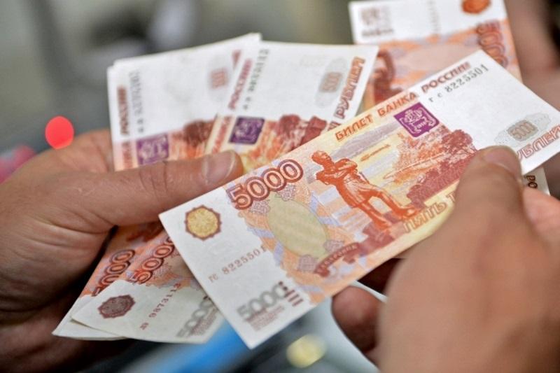 Молдаване, трудоустроенные в России, по-прежнему присылают больше всего денег