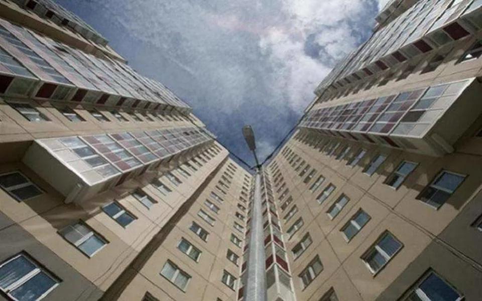 Три человека упали с балконов в Приднестровье за три дня: два случая оказались летальными