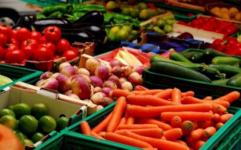 Статистика: Некоторые фрукты и овощи резко подорожали, особенно картофель и свекла (ИНФОГРАФИКА)