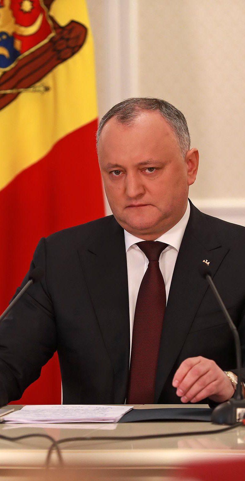 Додон: Народ будет готов выйти с президентом на улицы для защиты молдавского языка