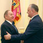 Додон обсудил важные политические вопросы с послом Турции в Молдове