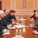 Додон предложил документально закрепить уважение НАТО к нейтралитету Молдовы
