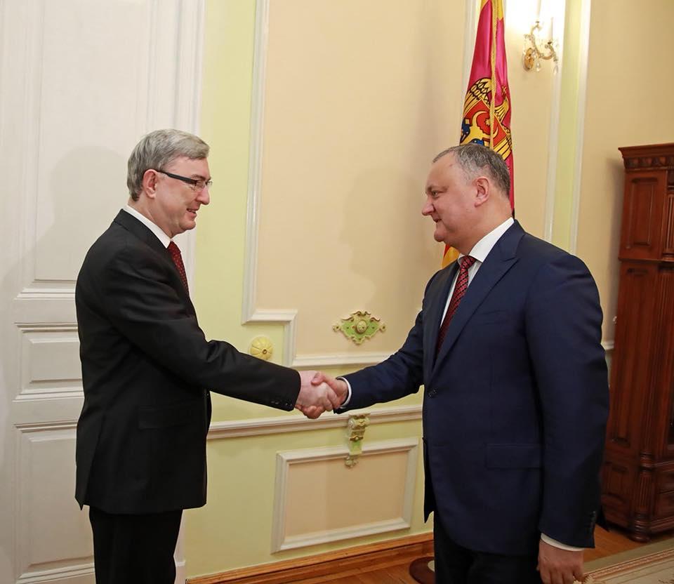 Додон высказался за активизацию торговли с Чехией и намерен встретиться с президентом этой страны