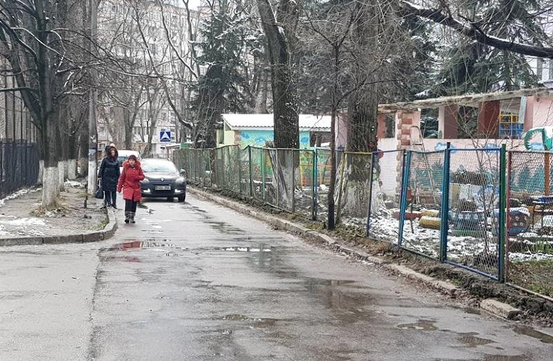 Социалисты представят проект решения, обязывающий столичные власти благоустроить периметр ул. Киев – Руссо – Димо (ФОТО, ВИДЕО)