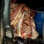 Перевозимые в ужасных антисанитарных условиях 500 кг мяса намеревались сбыть на Центральном рынке (ФОТО)