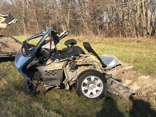 Подробности страшной аварии у Стежарень: погибшие были супругами и должны были обвенчать пострадавшую пару (ФОТО)