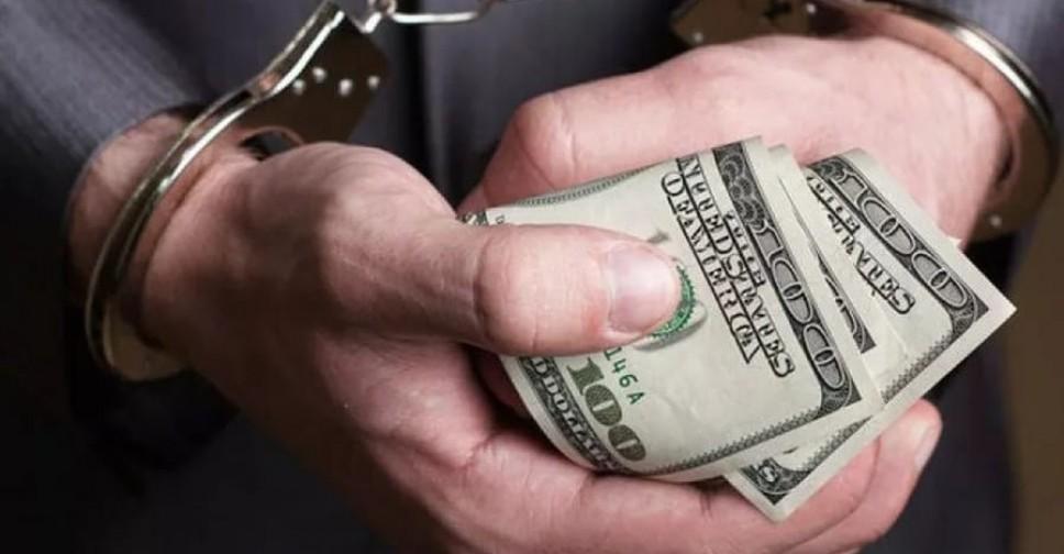Начальника отдела Агентства государственных услуг в Унгенах задержали по делу о коррупции