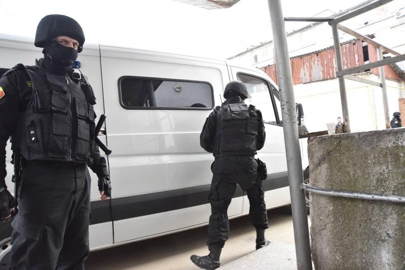 Срочно! Правоохранители проводят обыски в Гагаузии: задержаны четыре человека