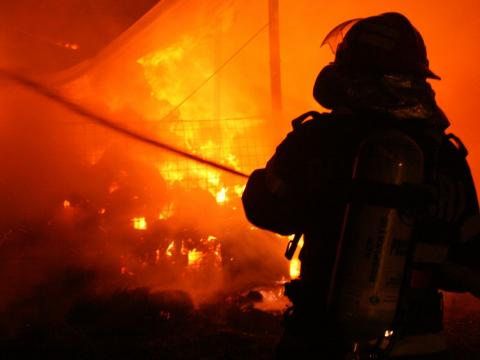 В Дурлештах на мебельной фабрике произошел пожар