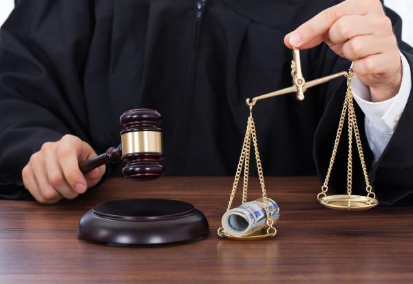 Судья пойдёт под суд: представитель молдавского закона обвиняется в извлечении выгоды из влияния