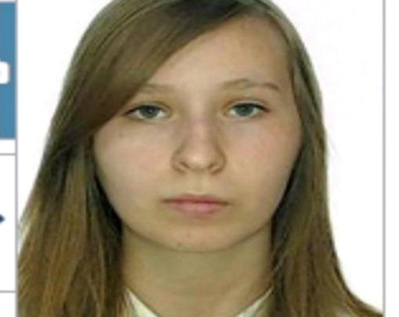 Несовершеннолетняя жительница столицы вышла в Новый год из квартиры и пропала