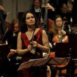 Молдавская скрипачка Патриция Копачинская завоевала музыкальную премию «Грэмми»