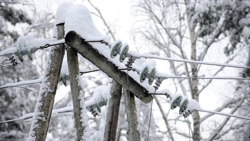 Непогода оставила без электричества около 200 населенных пунктов Молдовы