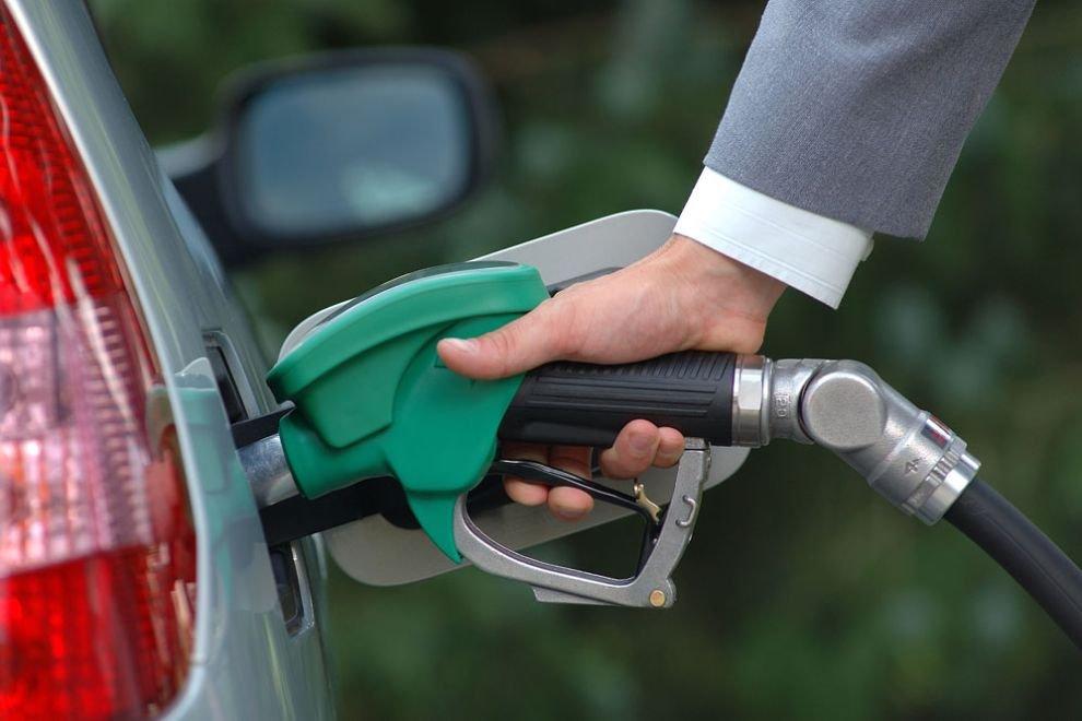 Дизельное топливо продолжает дорожать