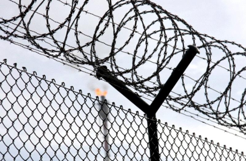 Передачу заключенным алкоголя и телефонов пресекли в двух пенитенциарах Молдовы (ВИДЕО)