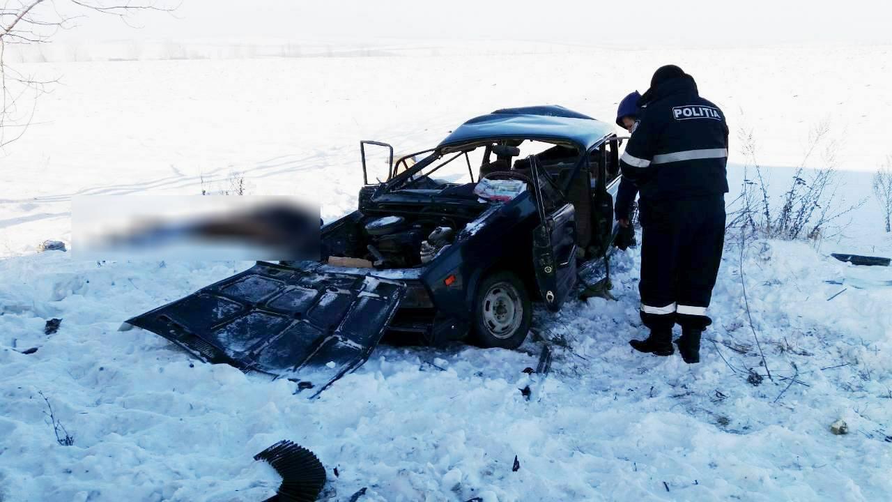 """В """"Почте Молдовы"""" заверяют, что попавший в смертельное ДТП автомобиль был исправен"""