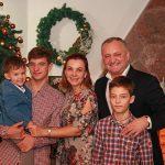 В преддверии Рождества Игорь Додон пожелал всем гражданам Молдовы мира и добра