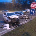 Под Яловенами два автомобиля столкнулись лоб в лоб (ФОТО)