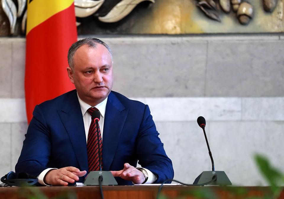 Додон обсудил с акрредитованными в Молдове послами приоритеты администрации президента в наступившем году (ФОТО)