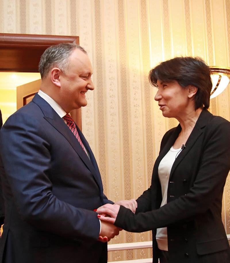 Президент дал интервью известной российской ведущей Ираде Зейналовой (ФОТО)