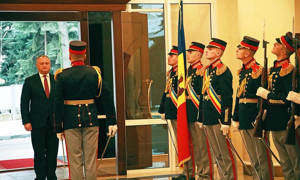 Президент принял верительные грамоты трех новых послов (ФОТО)
