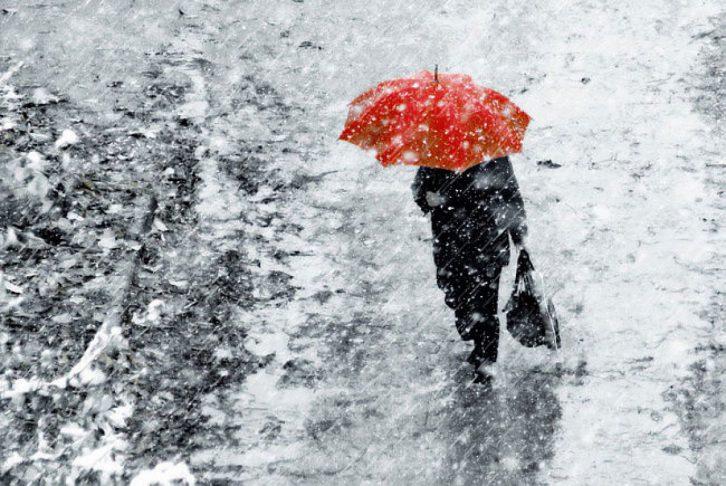 Объявлен желтый код метеоопасности: Молдову накроют дожди со снегом