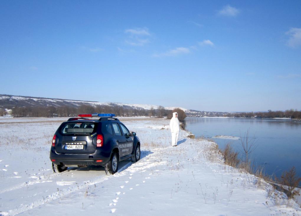 Последствия снегопада: один из КПП по-прежнему не работает