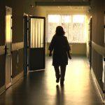 Отчаявшийся муж избил главу отделения больницы за смерть его супруги