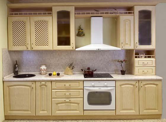 Жительница Кишинева потратила более 2 тысяч евро на некачественную кухонную мебель