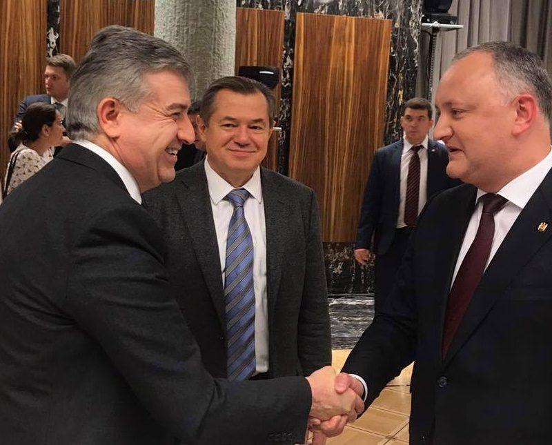 """Додон поздравил коллектив """"Газпрома"""" и его главу Алексея Миллера с юбилеем компании (ФОТО)"""