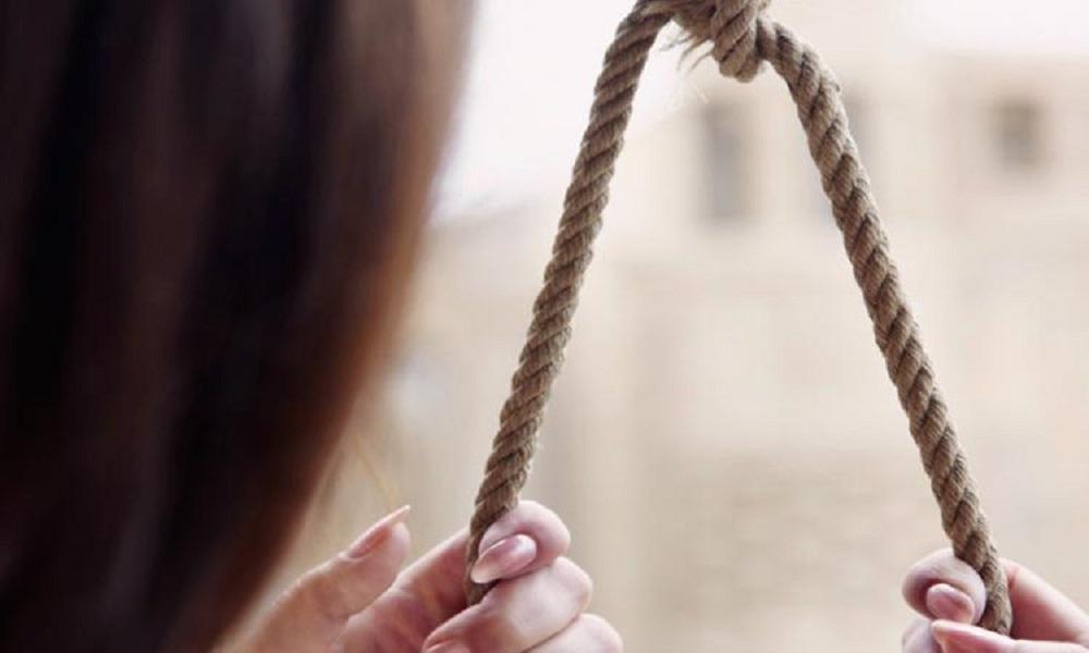 Девушка пьяного автовладельца, сбившего насмерть полицейского, покончила с собой
