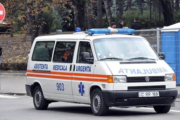 Пожилой мужчина умер на рабочем месте в Комрате