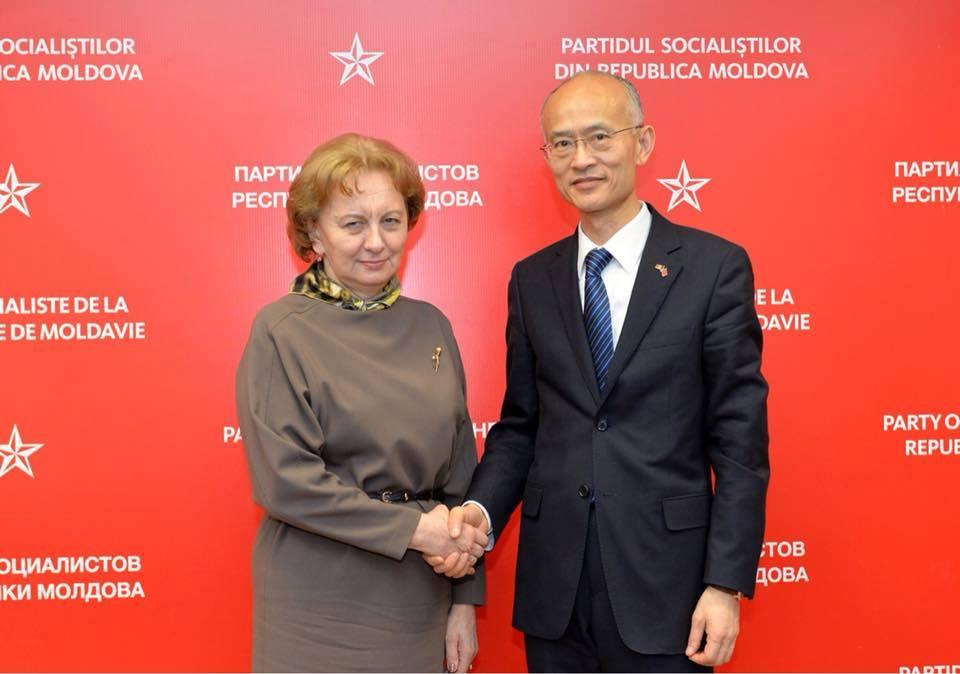 Гречаный обсудила актуальные вопросы с послом Китая в Молдове