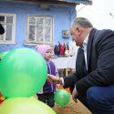 В свой день рождения Игорь Додон навестил с подарками многодетную семью (ФОТО, ВИДЕО)