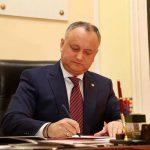 Додон поздравил Саркисяна с избранием в президенты Армении